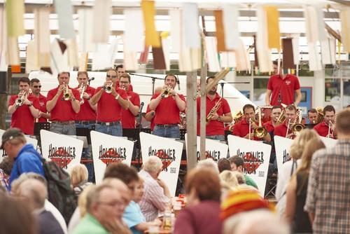 Holzhauermusik beim Radolfzeller Altstadtfest