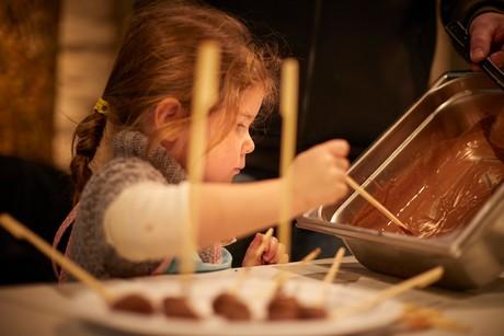 Kinder-Workshop beim Radolfzeller Schokoladenmarkt