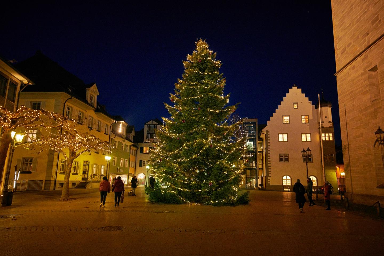 Weihnachtsbaum auf dem Radolfzeller Marktplatz