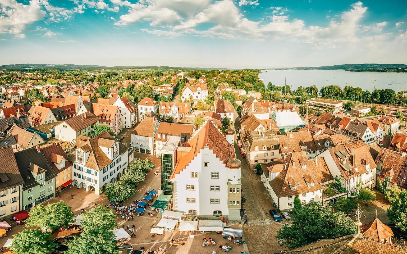 Blick vom Radolfzeller Münster auf Österreichisches Schlößchen