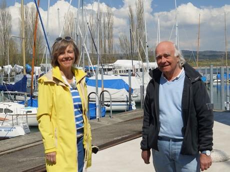 Annette Krause und Bootsbauer Josef Martin