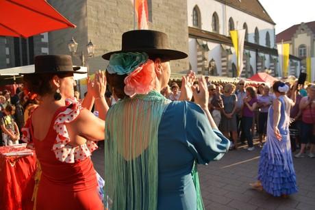 Flamenco-Vorführung beim Radolfzeller Abenfmarkt