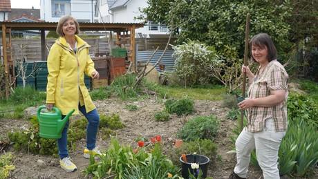 Annette Krause mit Naturheilpraktikerin Sabine Christ